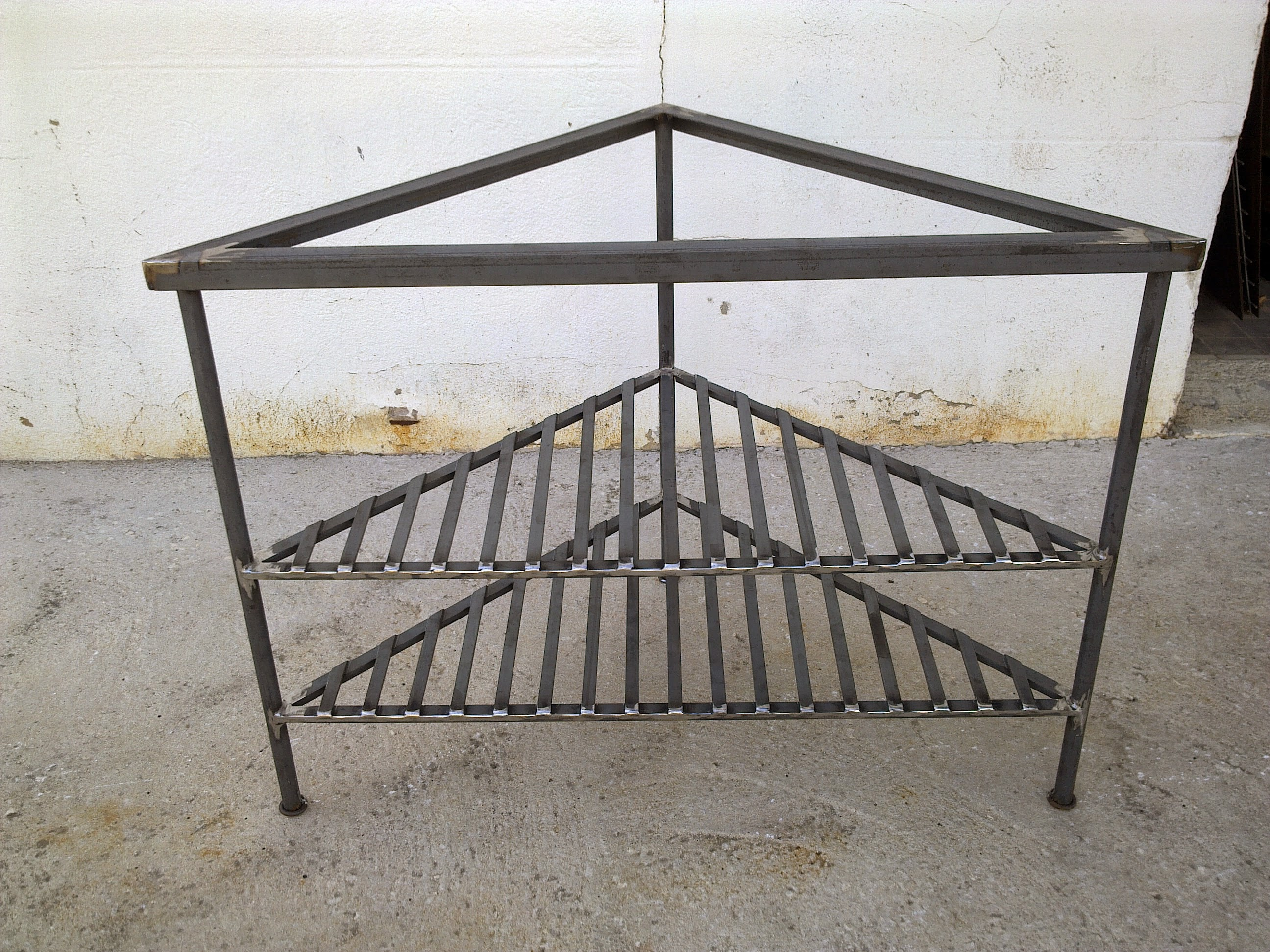 Meuble d 39 angle faufer - Meubles en fer forge ...