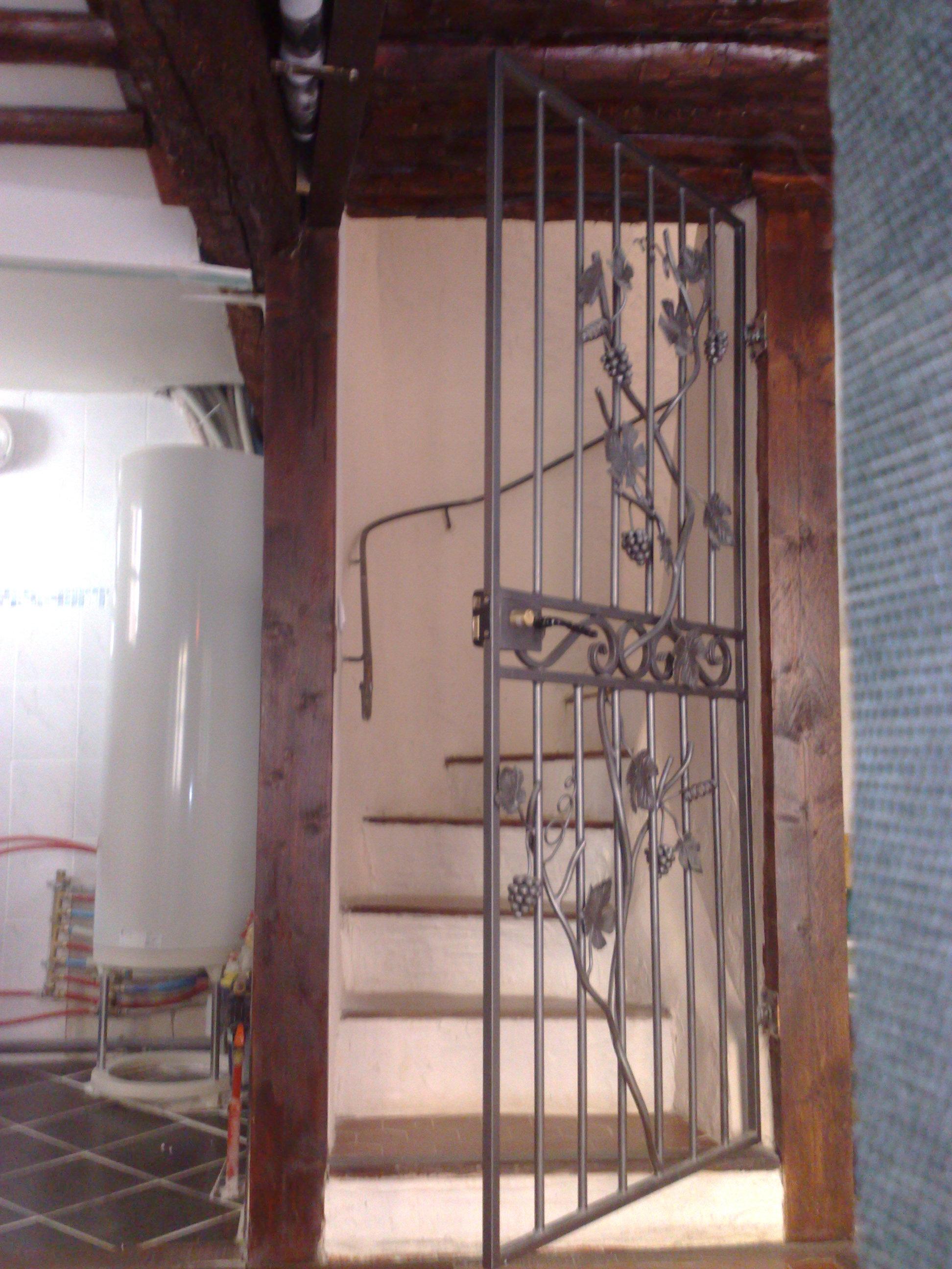 porte dintrieur dcorative en fer forg fabrication sur mesure pas cher