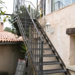 escaliers extérieur accès terrasse