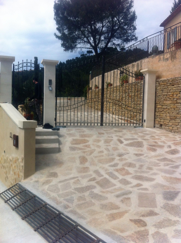 portail barreaux et son portillon acier et tôle